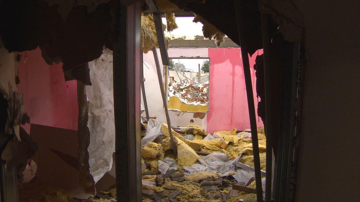 Demolice ubytovny ve Starých Ždánicích