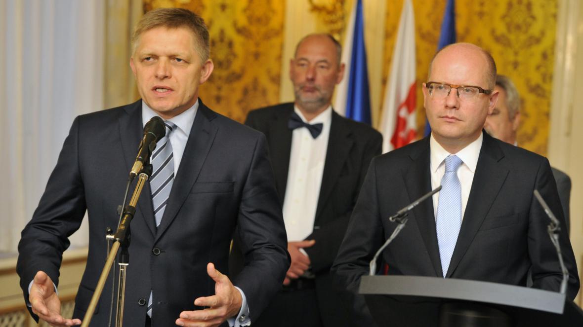 Premiéři Robert Fico a Bohuslav Sobotka