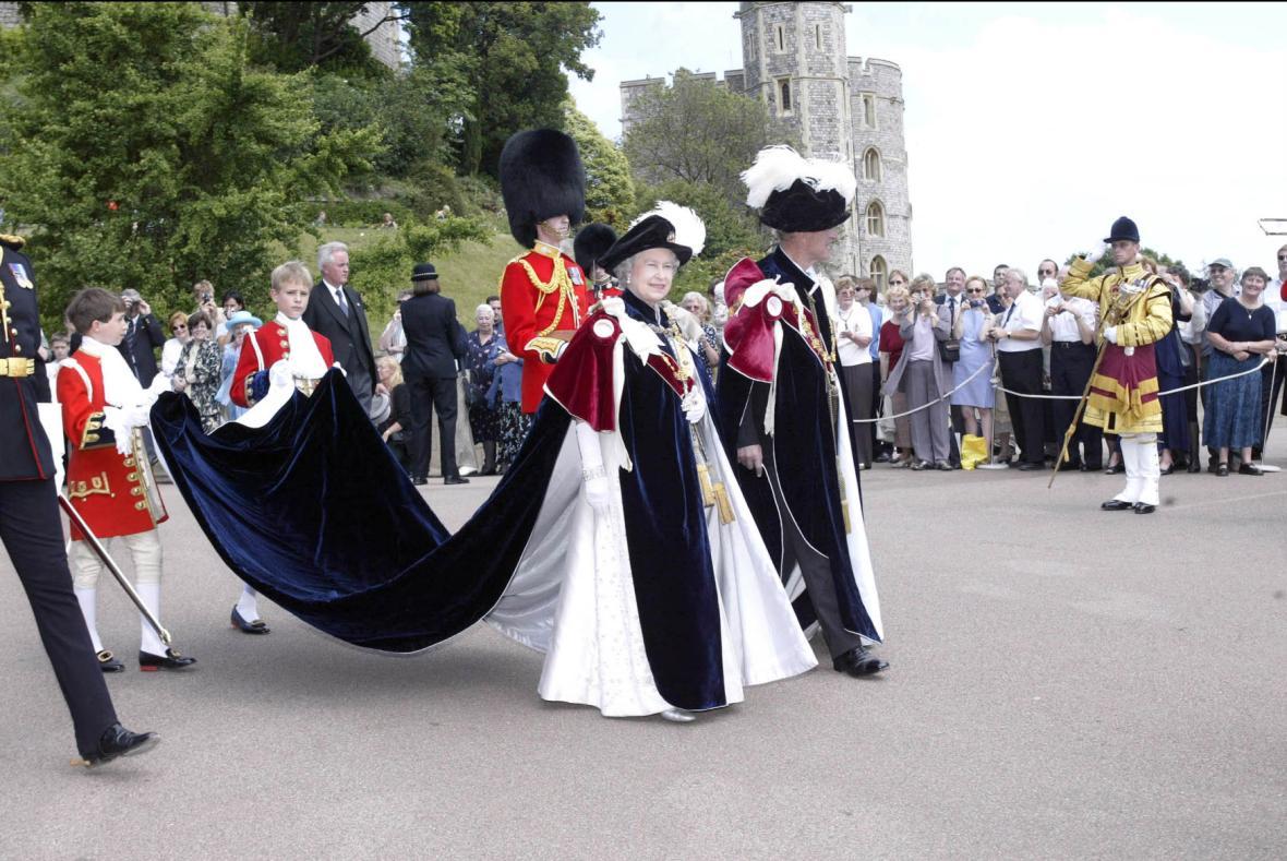 Královna Alžběta II. vládne Británii nejdéle v historii