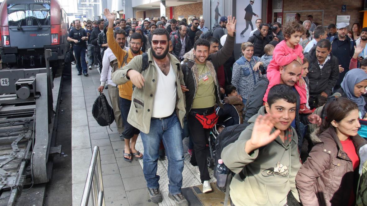 Migranti na mnichovském nádraží