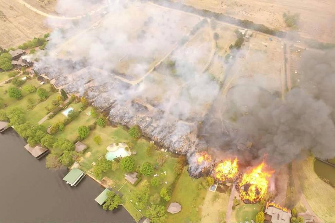 Požár luxusních vil u Johannesburgu