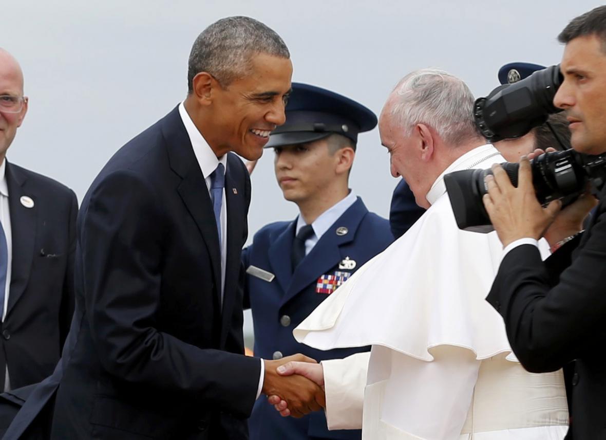 Papeže Františka přijal na základně Andrews Barack Obama