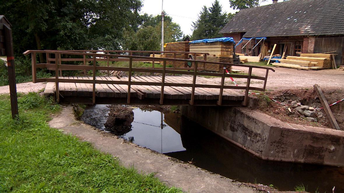 V Rudníku opravují největší škody po povodni z června 2013