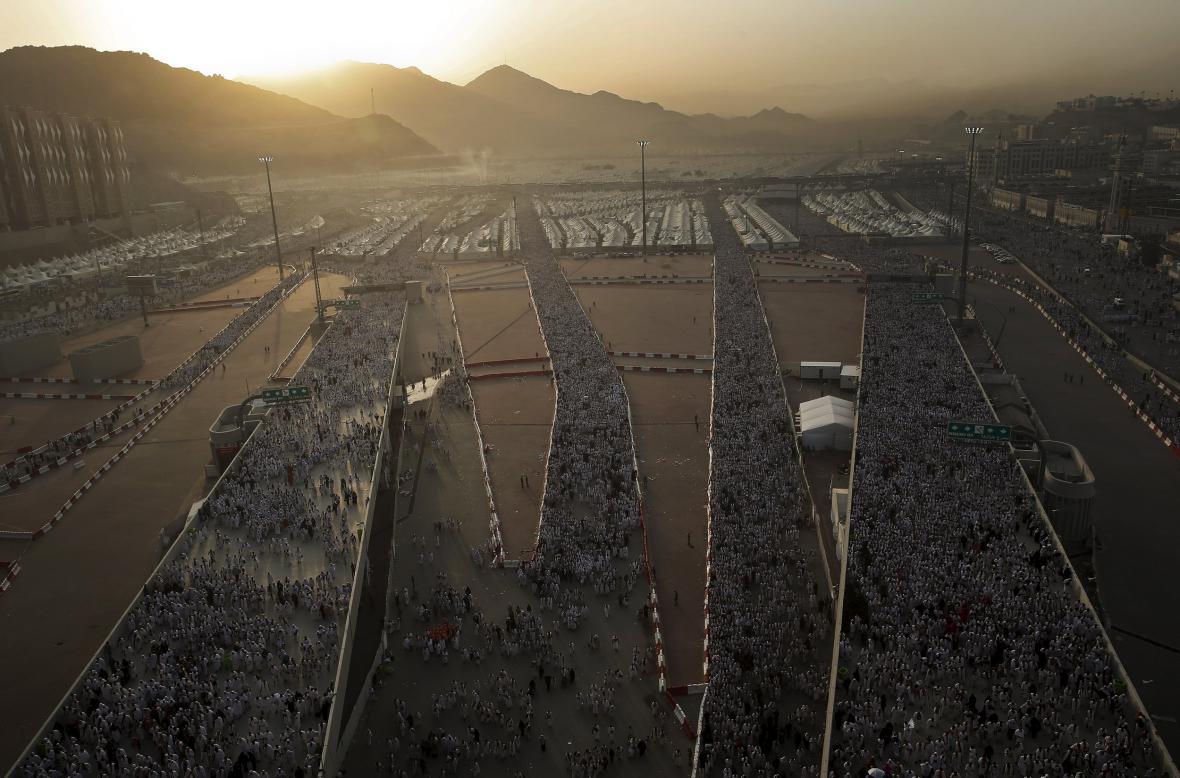 Poutníci mířící do Mekky