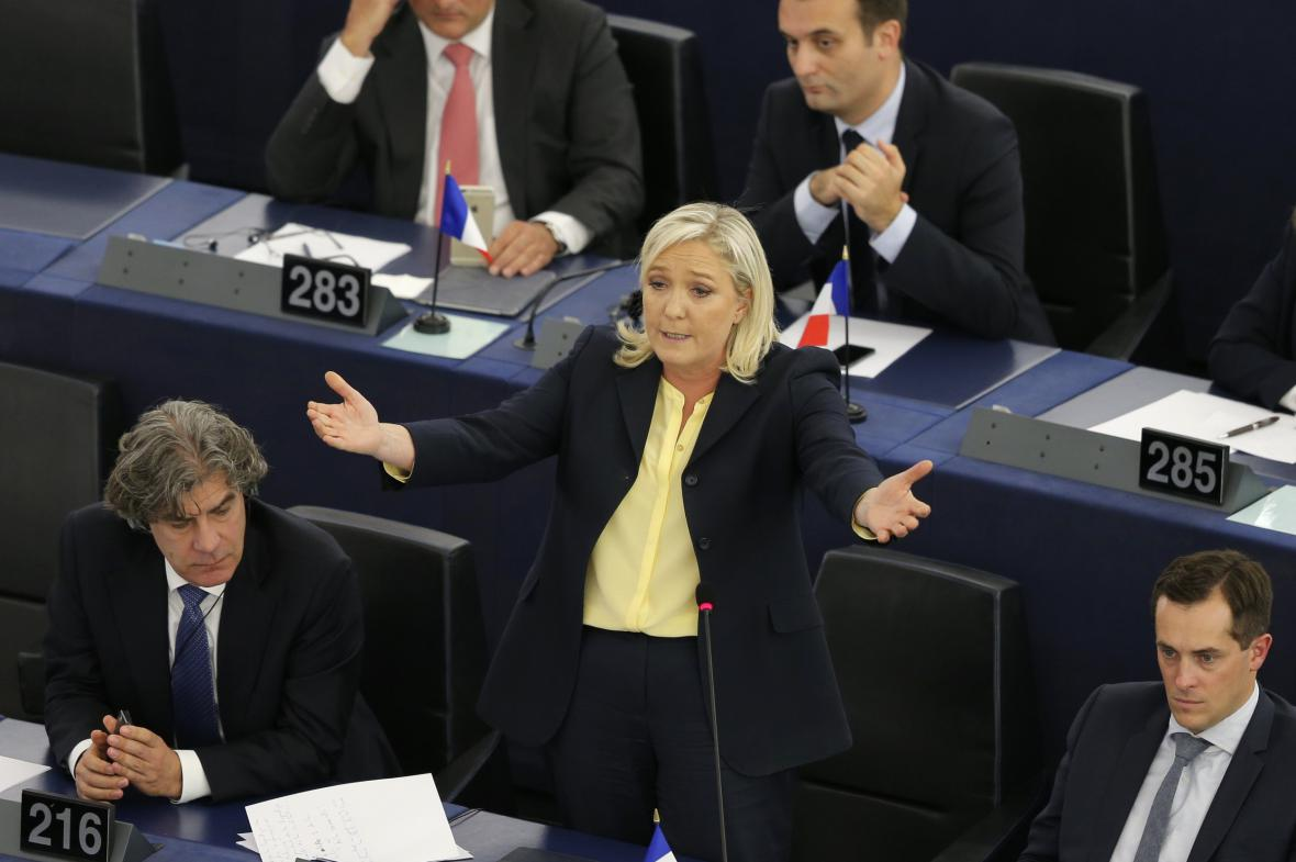 Marine Le Penová na plénu Evropského parlamentu