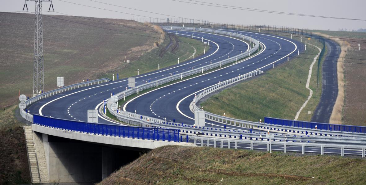 Nový úsek silnic 1/11 mezi Ostravou a Opavou