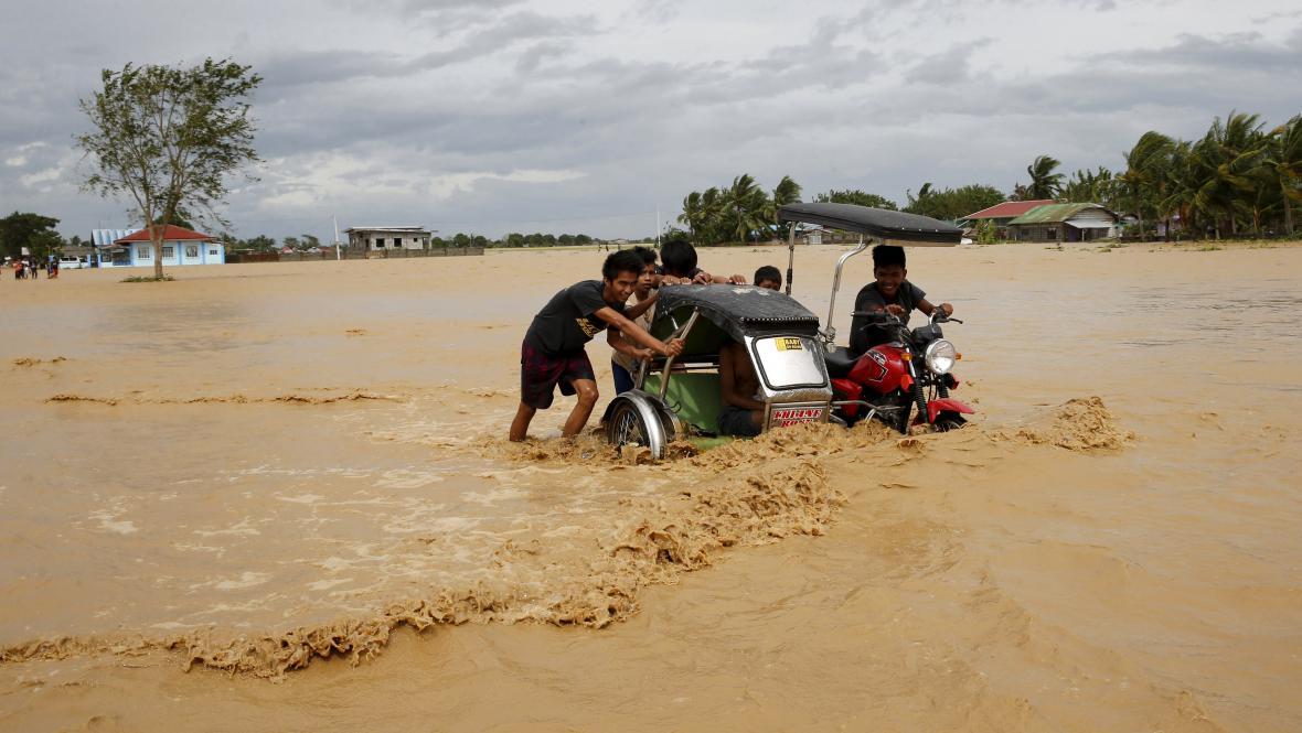 Tajfun Koppu na Filipínách