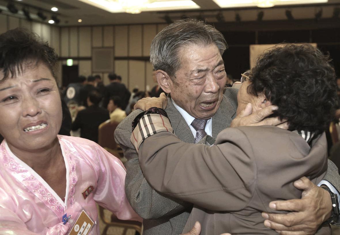 Setkání korejských rodin tradičně provázejí emoce