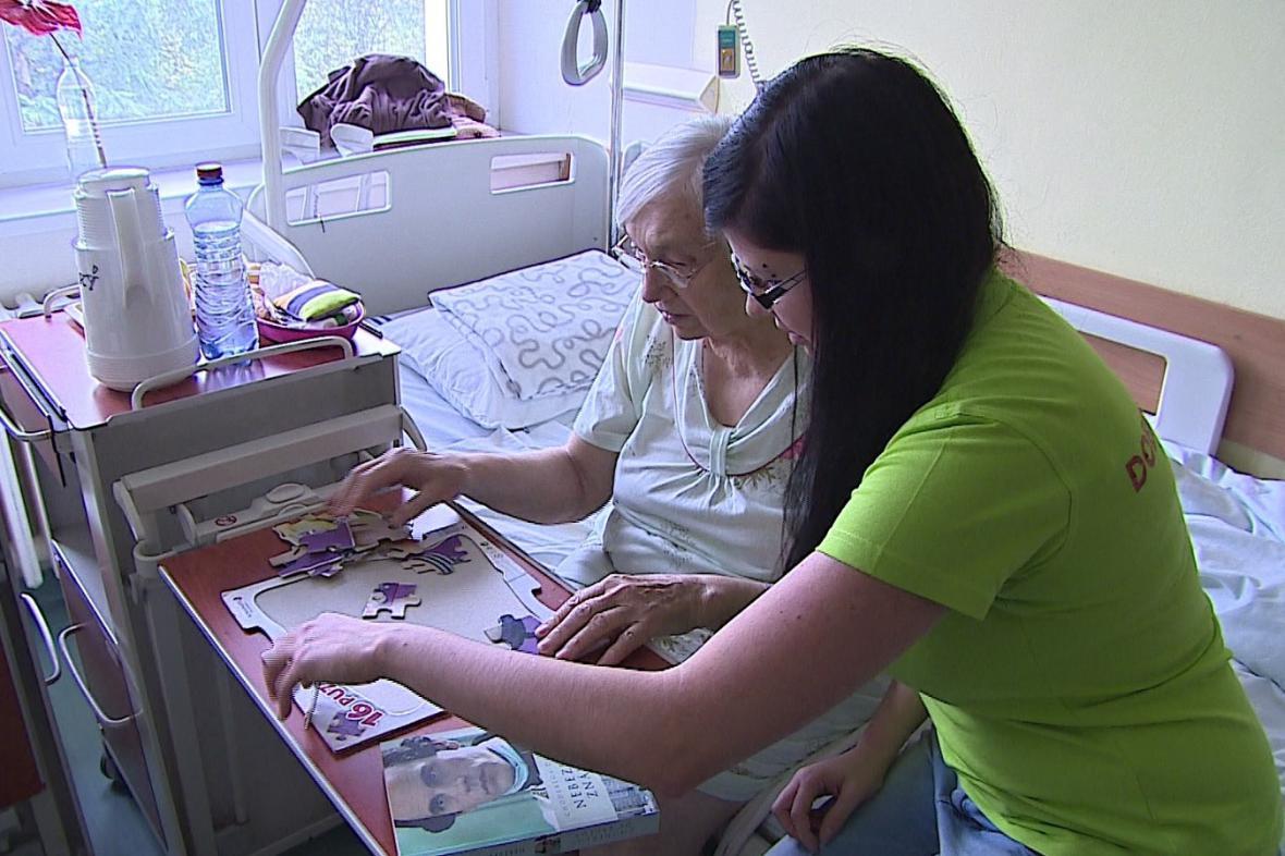 Dobrovolníci v nemocnici