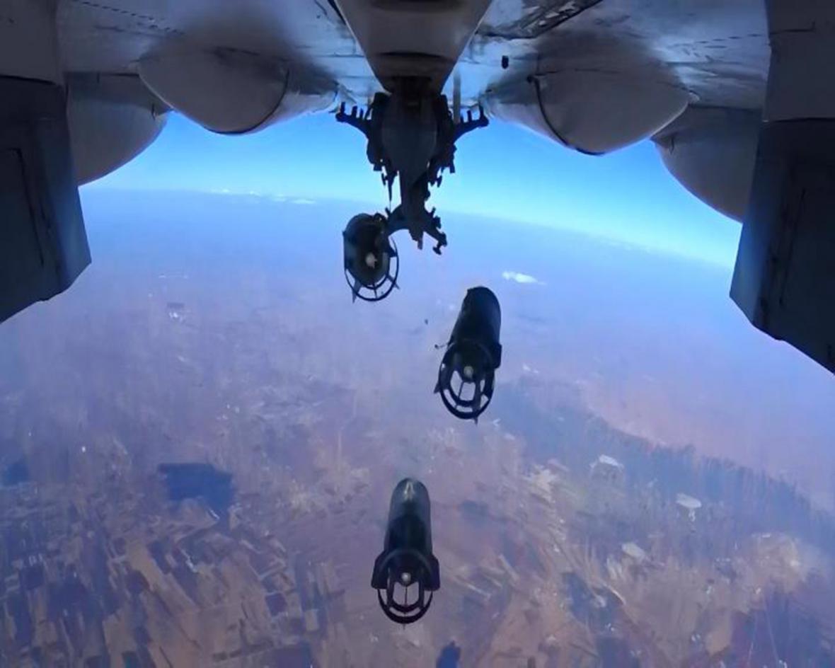 Ruský letoun SU-30 nad Sýrií