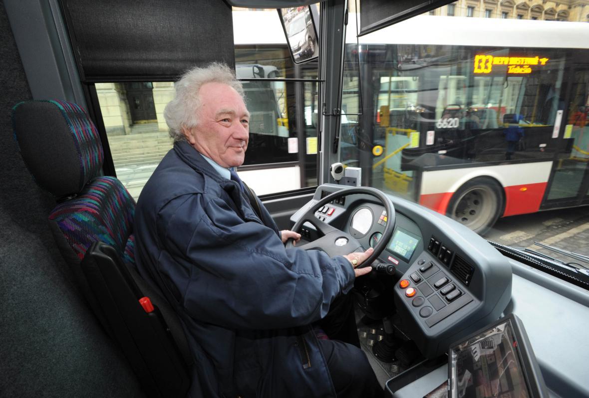 Řidič autobusu MHD