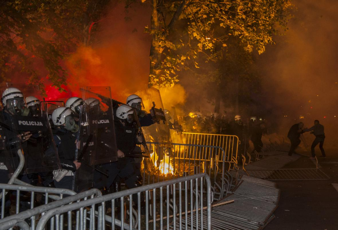 Protesty v černohorské Podgorici