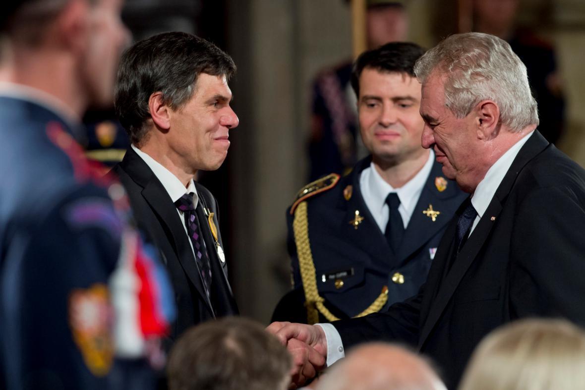 Medaili Za zásluhy převzal podnikatel Dalibor Dědek