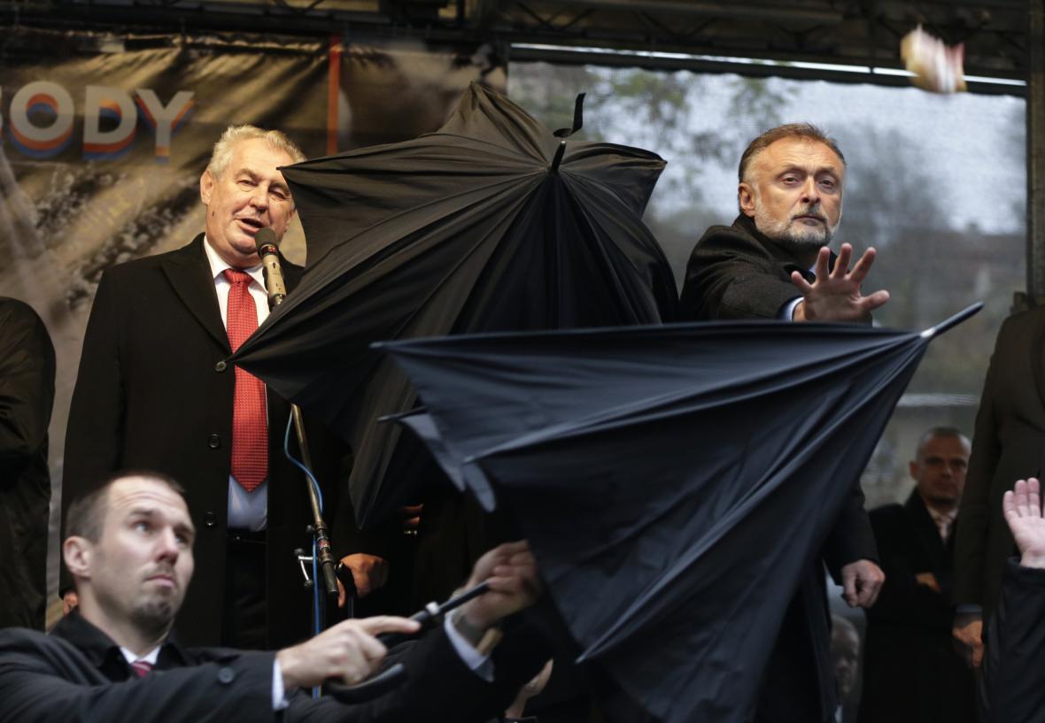 Miloš Zeman na Albertově 17. 11. 2014