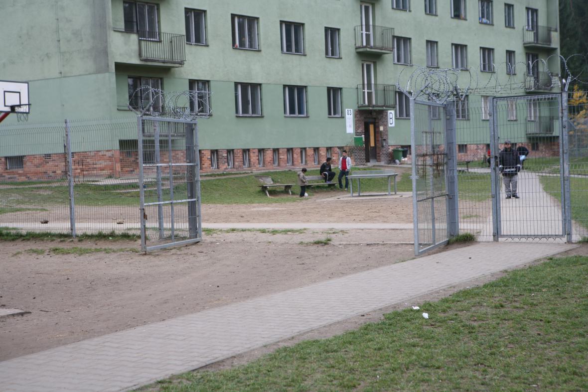 Detenční zařízení Bělá-Jezová