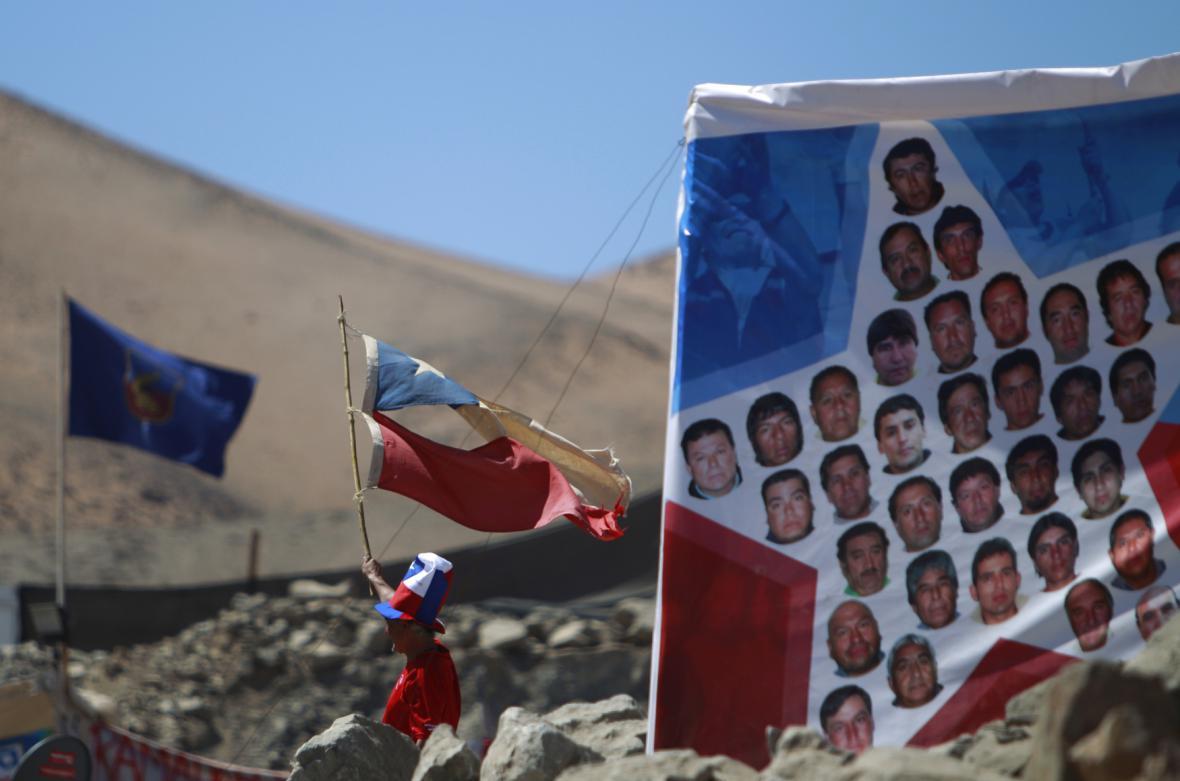 Portréty chilských horníků, kteří přežili 69 dní pod zemí