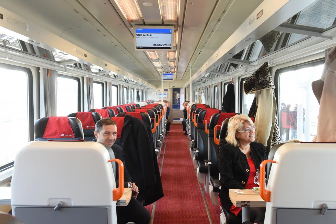 Nový vlak Českých drah InterPanter