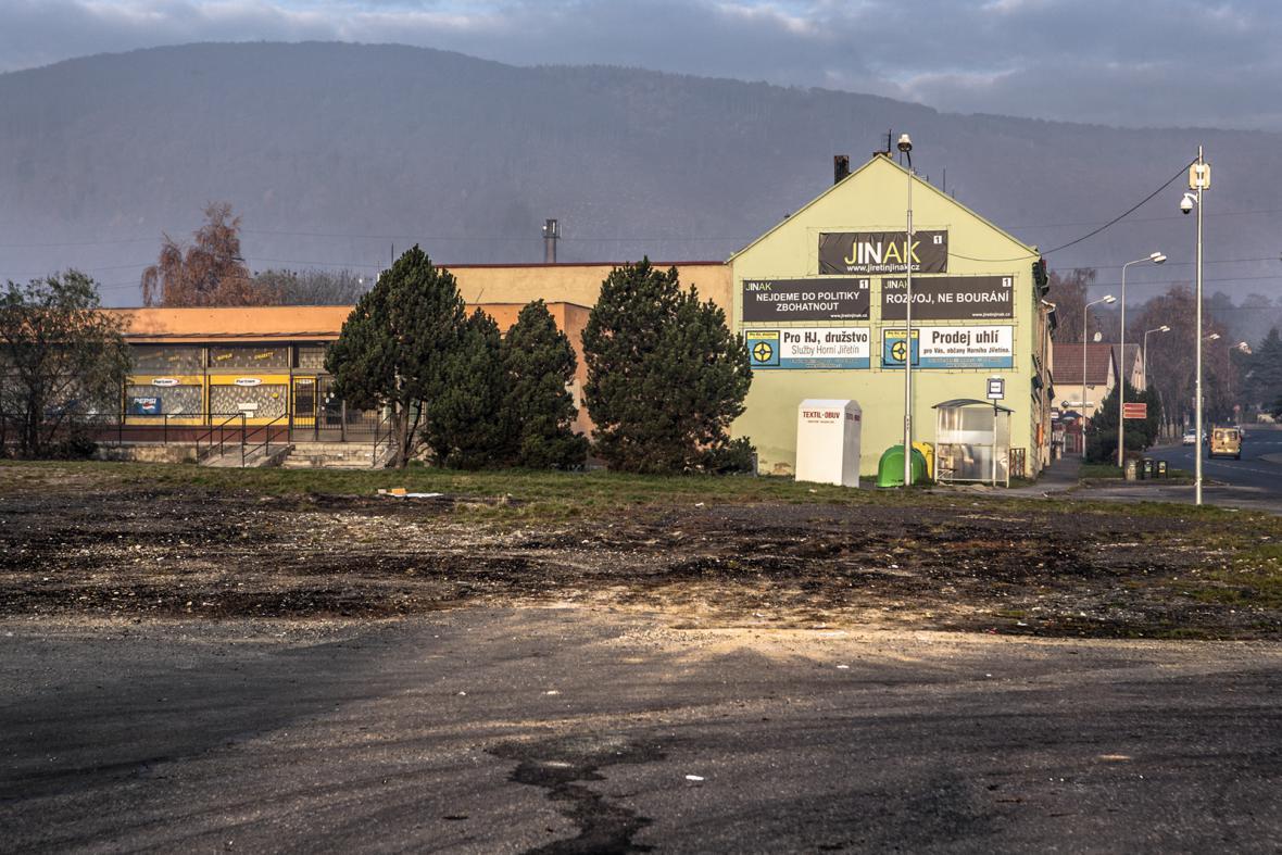 Horní Jiřetín: život na hranici limitů