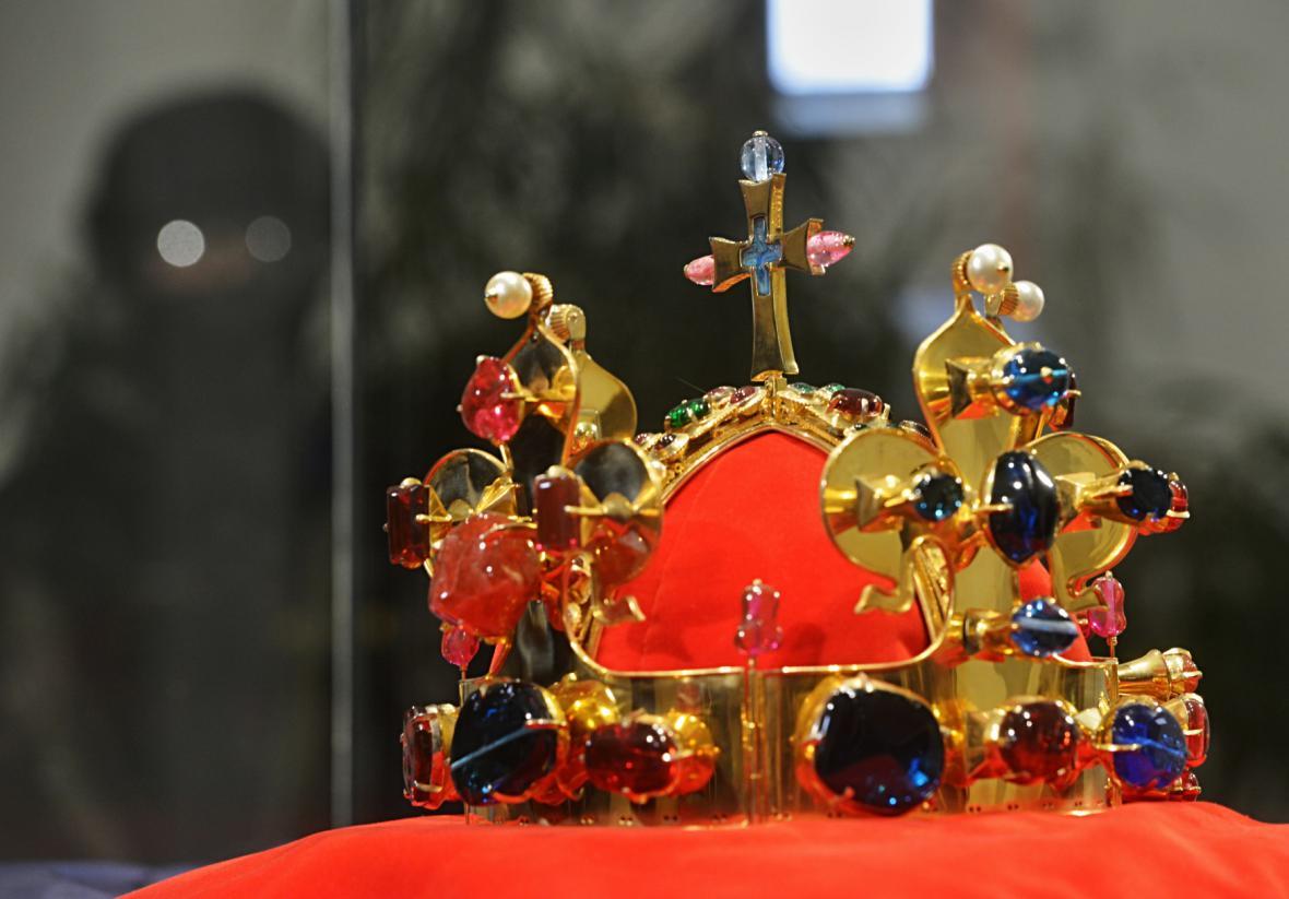 Kopie svatováclavské koruny je vystavena v Českých Budějovicích