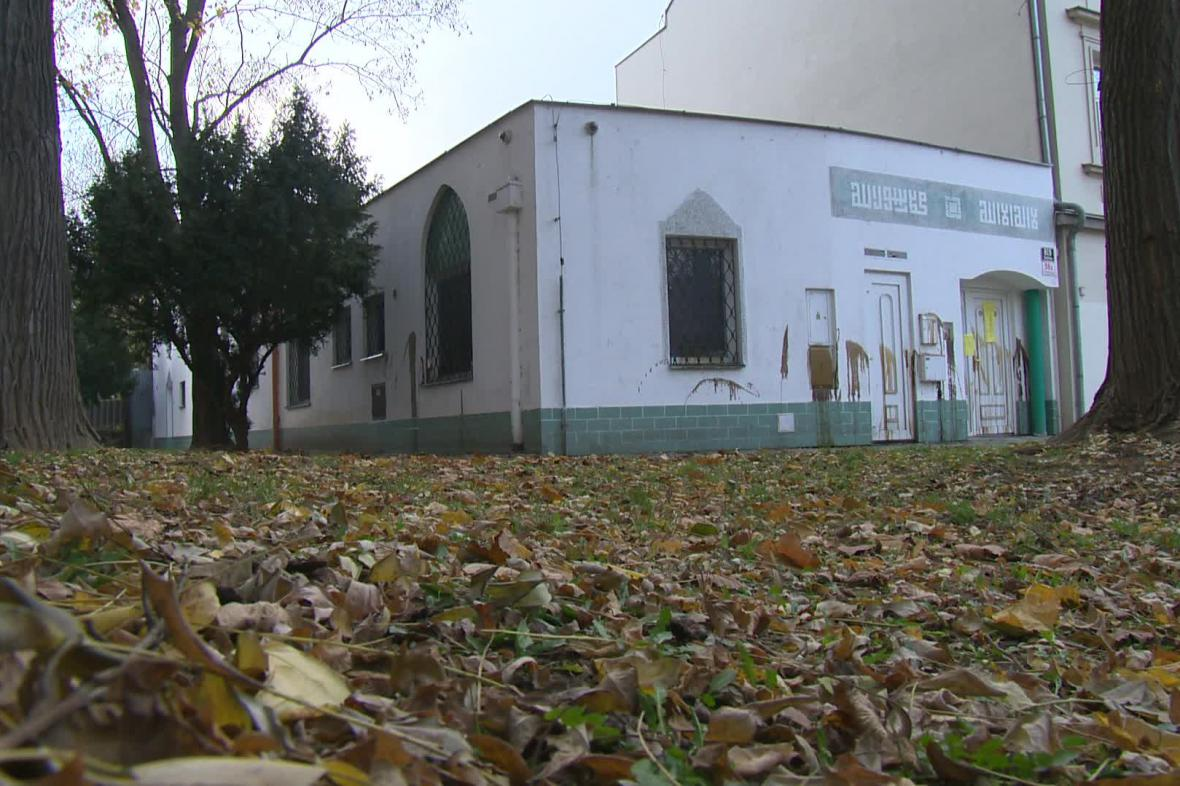 Brněnskou mešitu někdo polil motorovým olejem