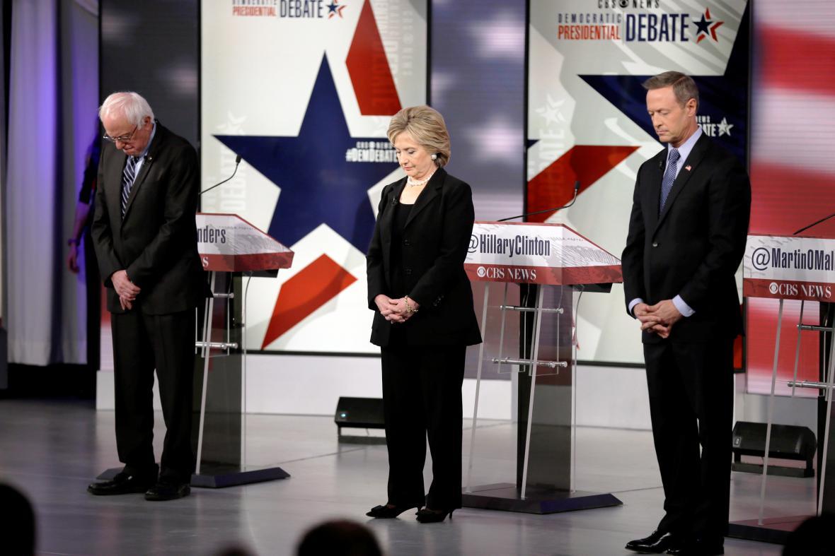 Demokratičtí kandidáti na úřad prezidenta USA: Bernie Sanders, Hillary Clintonová a Martin O'Malley