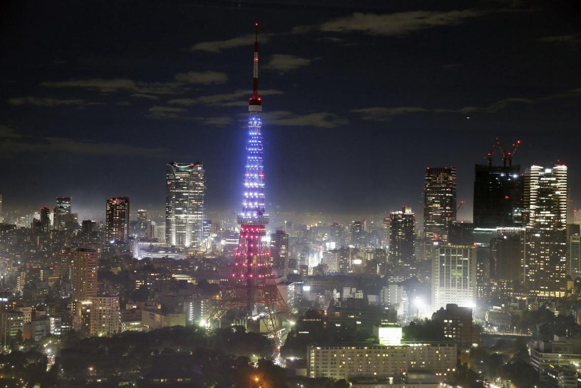 Tokio ve francouzských národních barvách