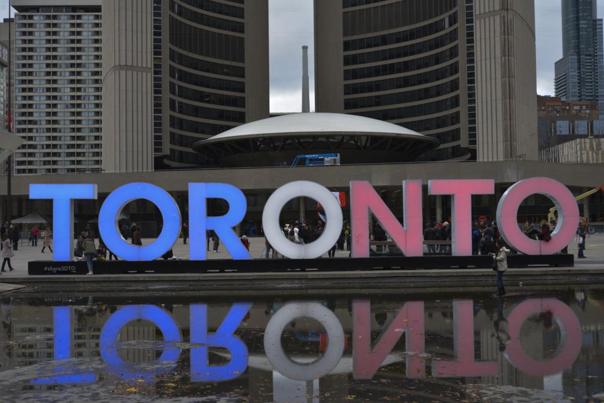 Toronto ve francouzských národních barvách