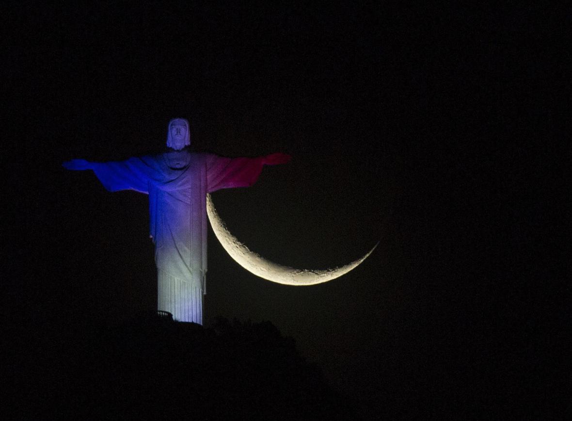 Rio de Janeiro ve francouzských národních barvách