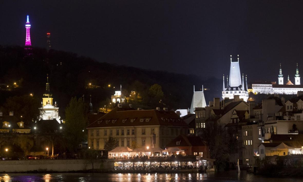 Praha ve francouzských národních barvách