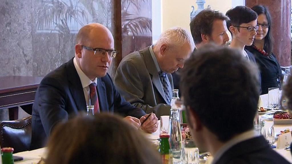 Premiér Sobotka na setkání s dobrovolníky