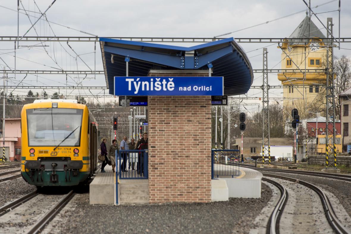 Zrekonstruované nádraží v Týništi nad Orlicí