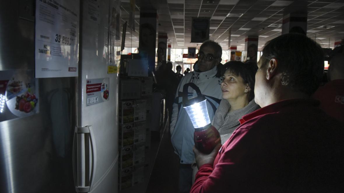 Krym se ocitl bez elektřiny