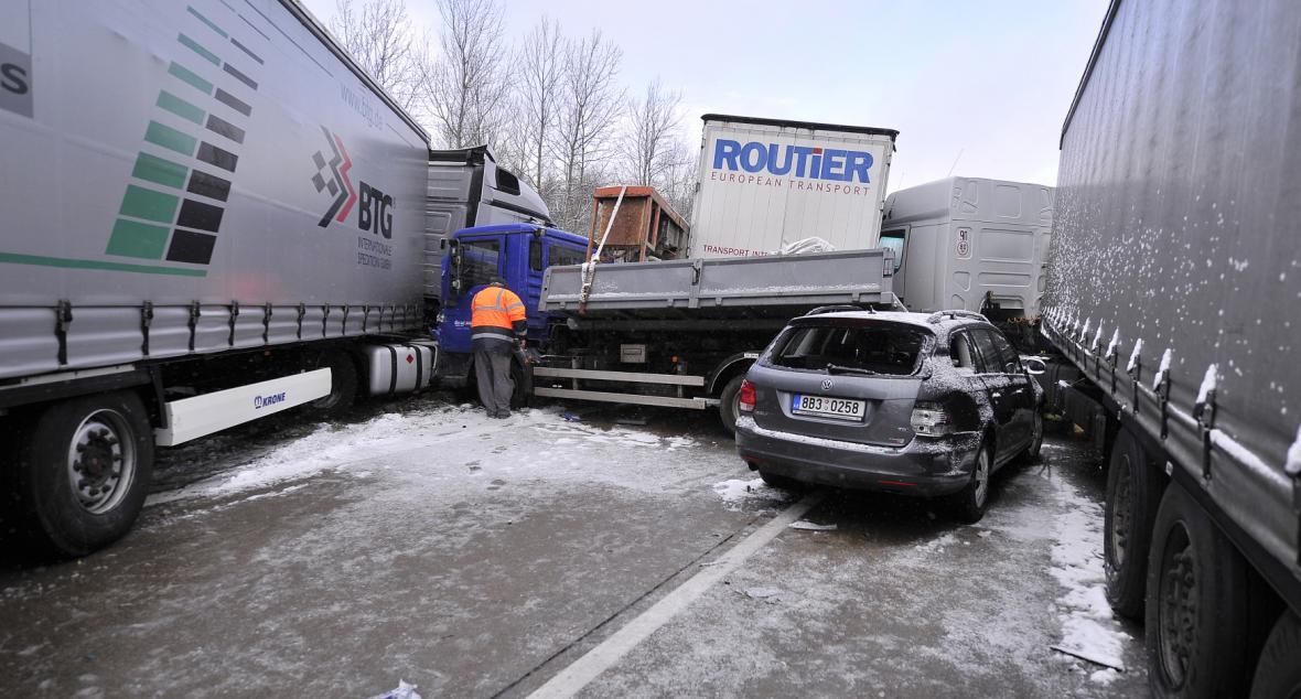 Hromadná nehoda na D1