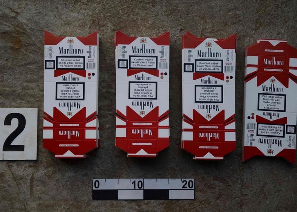 Celníci při akci CITRON rozbili síť pašeráků cigaret