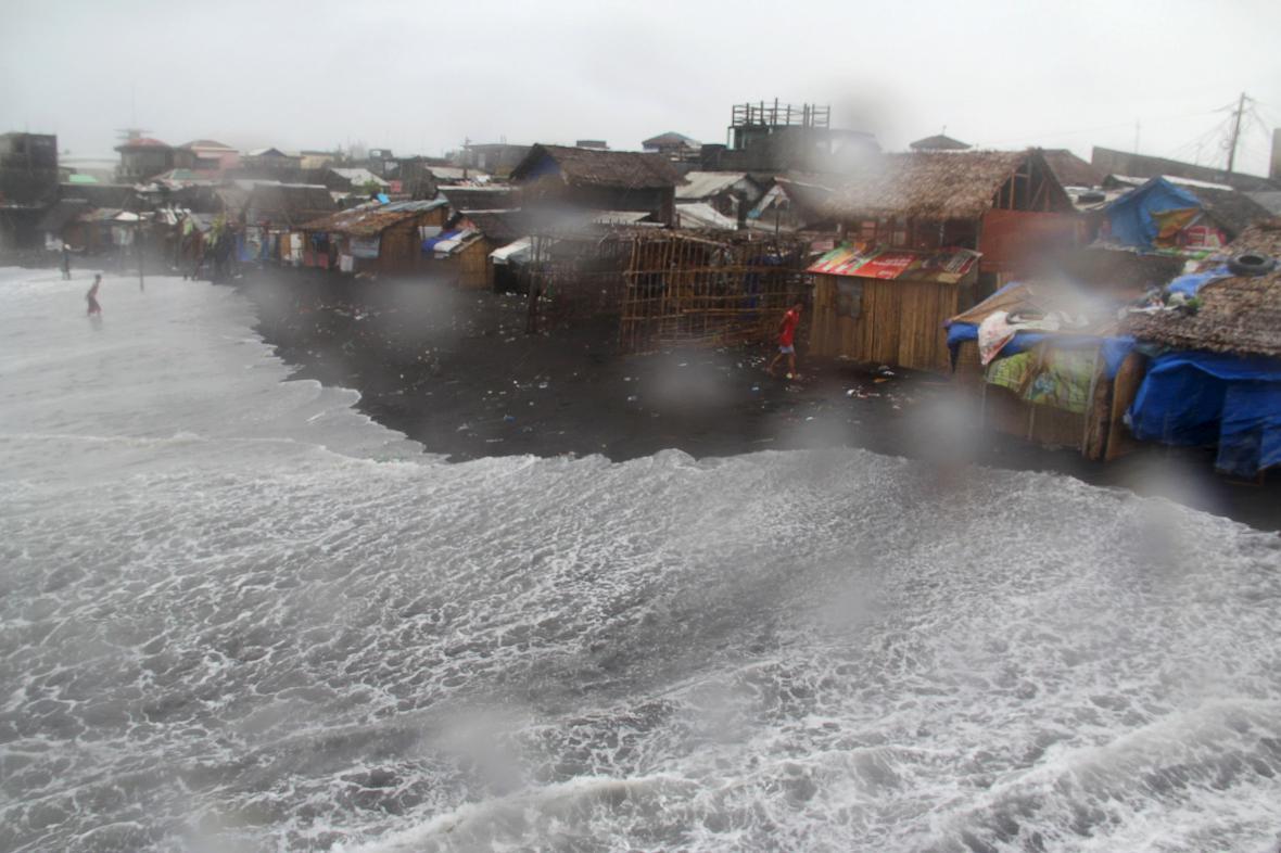 Na Filipíny udeřil tajfun Melor
