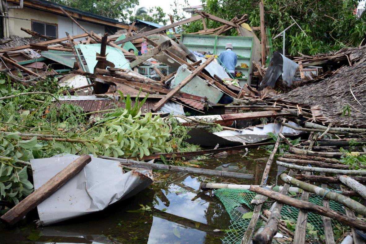 Tajfun Melor pustošil Filipíny