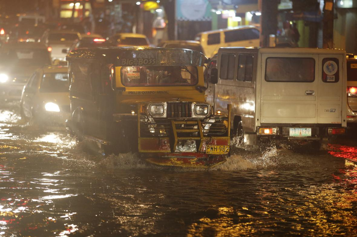 Tajfun Melor udeřil na Filipíny