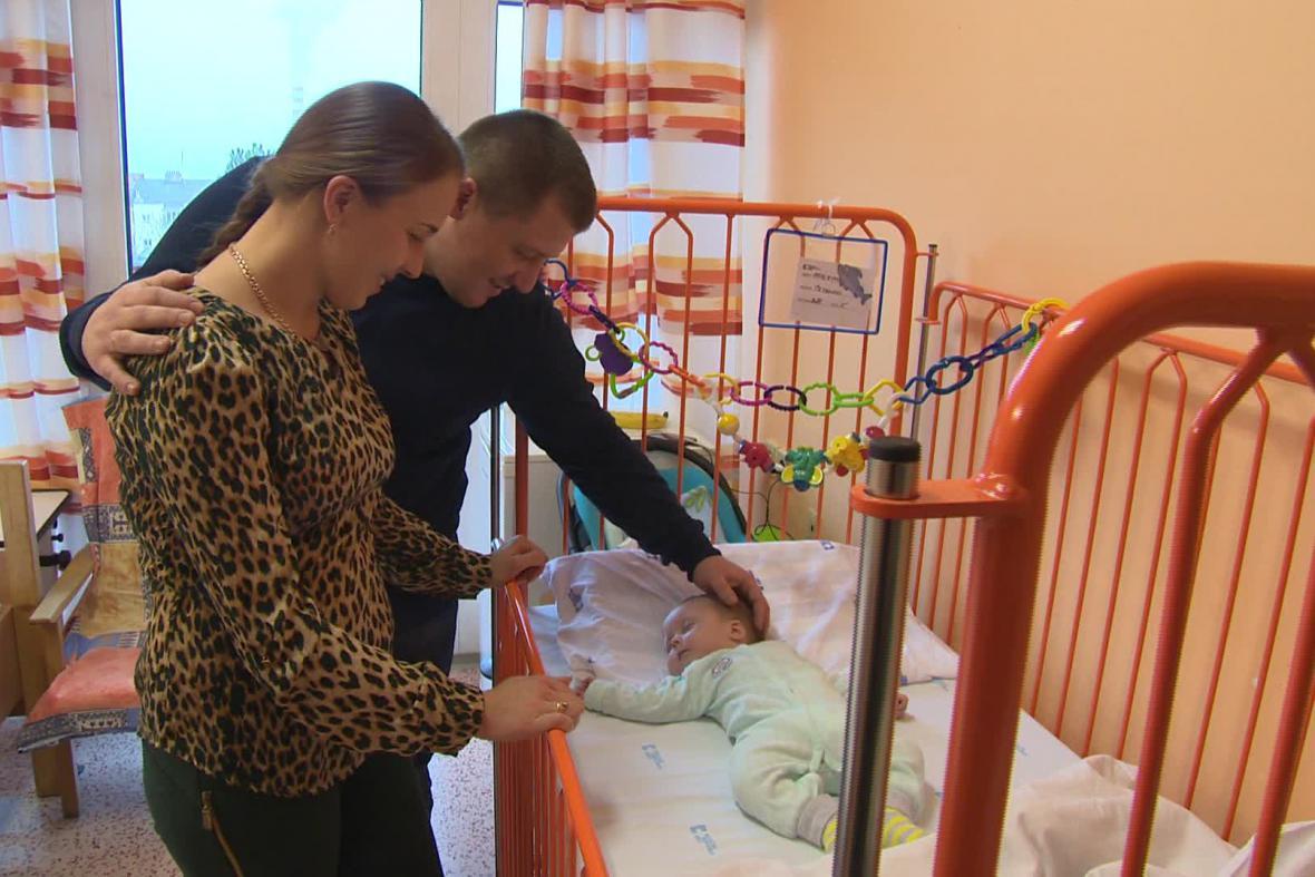Čtyřměsíční  Katerině se po operaci daří dobře