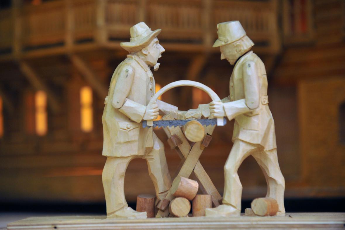 Nedomlelův dřevěný betlém