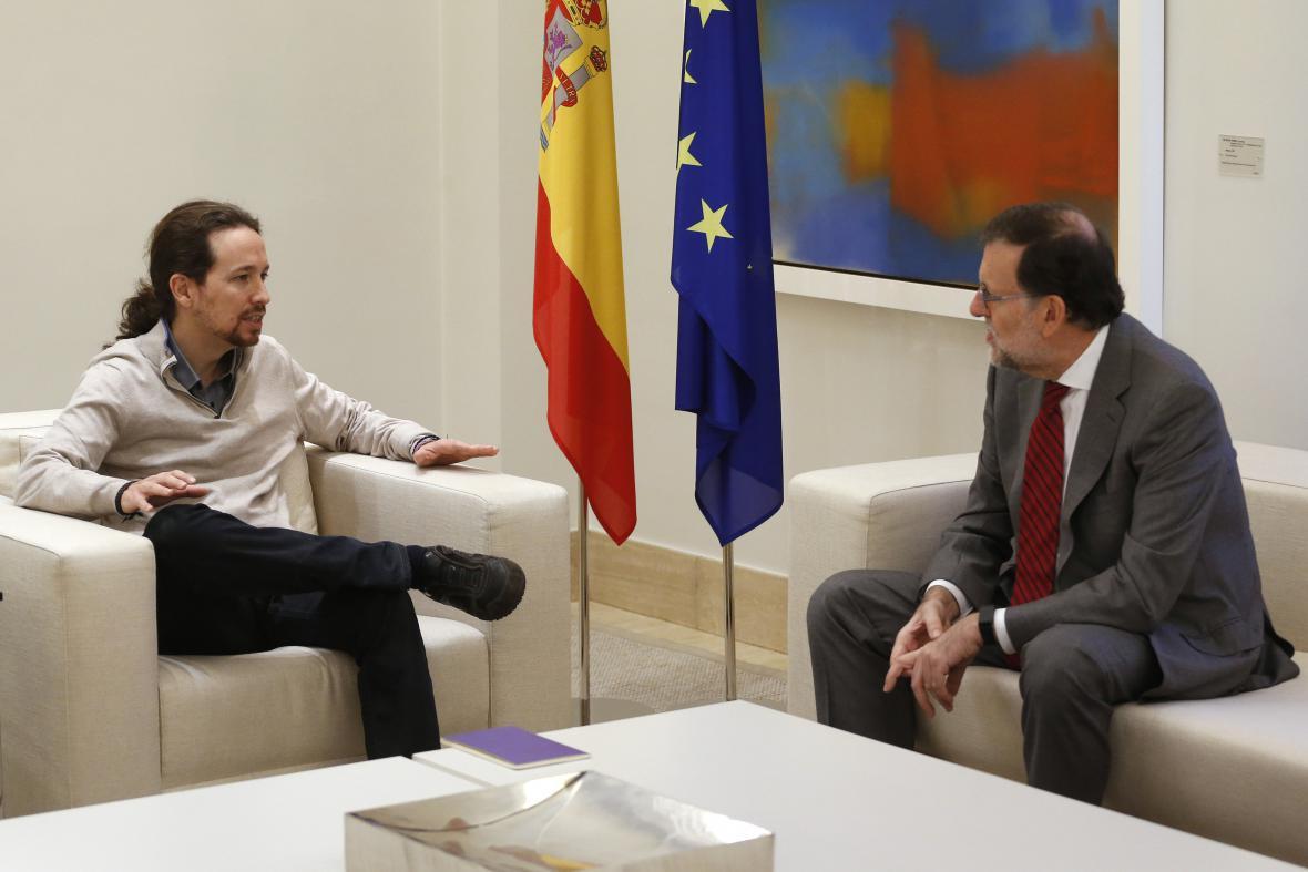 Mariano Rajoy a Pablo Iglesias (vlevo) jednali neúspěšně o možném koaliční vládě