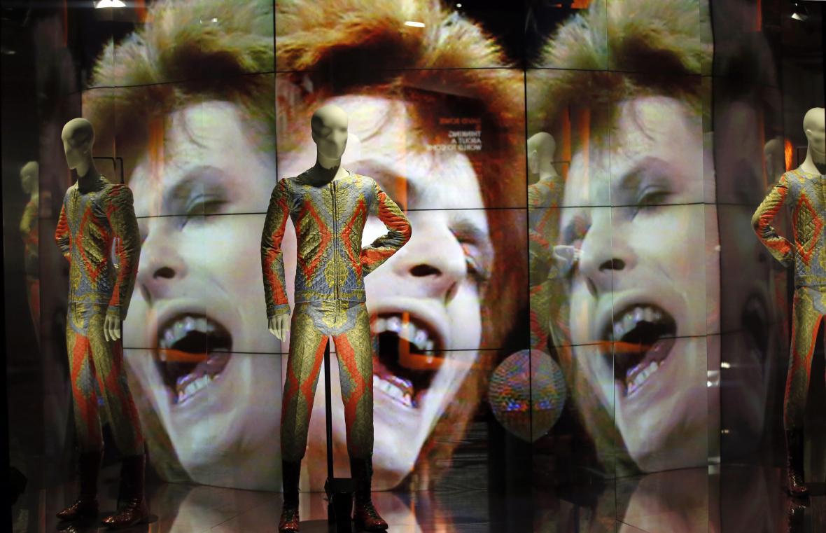 Zemřela rocková legenda David Bowie