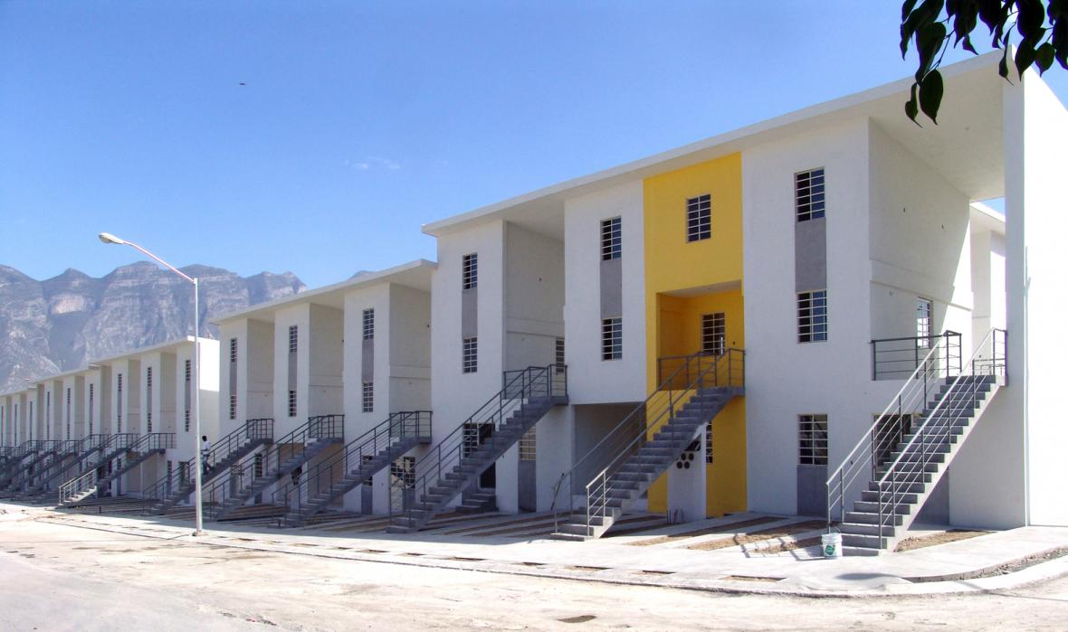 Domy podle Alejandra Araveny
