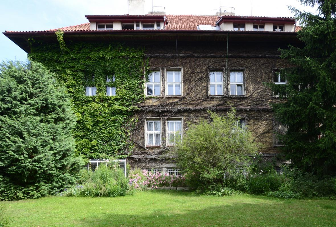 Čapkova vila