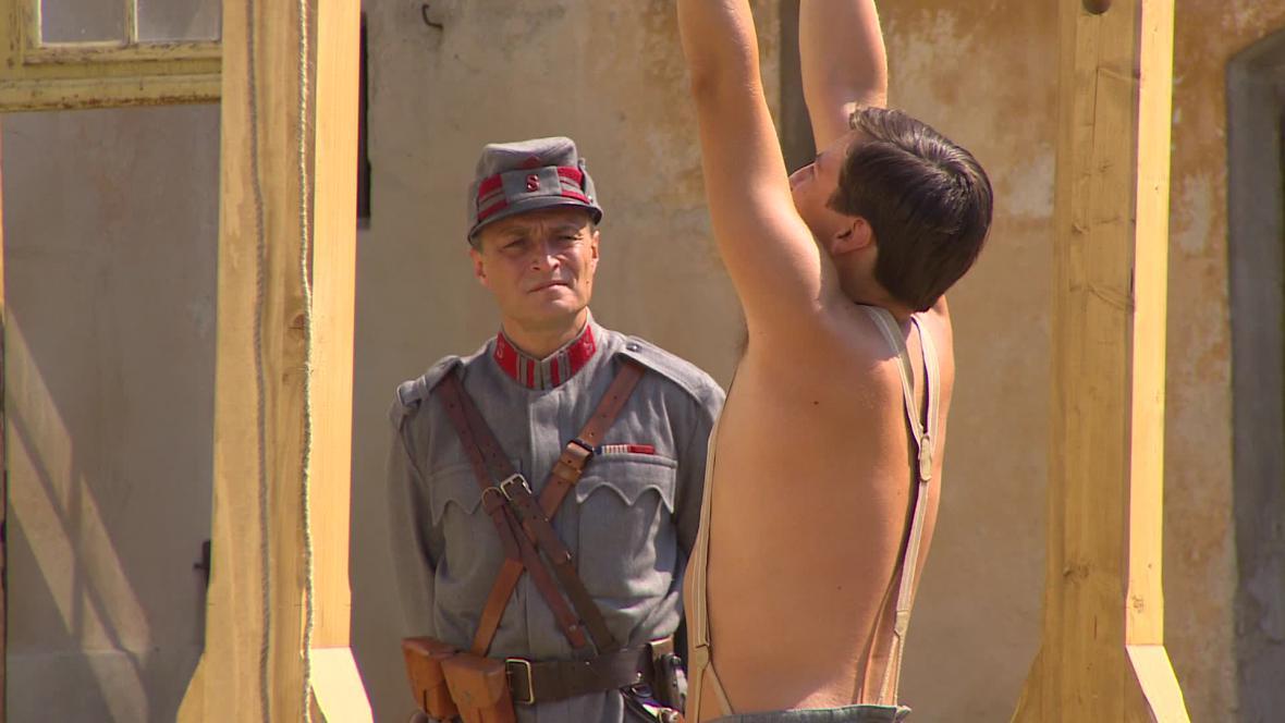 Natáčení seriálu Četníci z Luhačovic