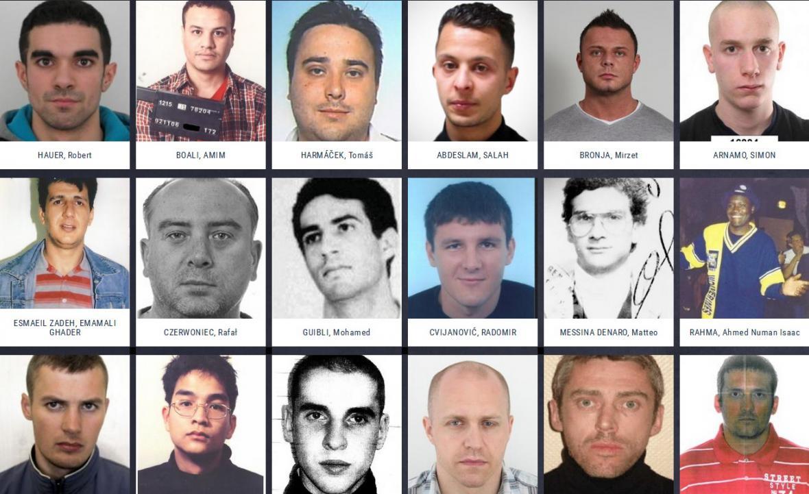 Domovská stránka webu EUROPOLU s tvářemi nejhledanějších osob Evropy