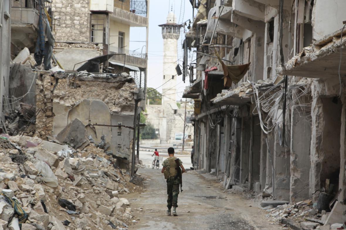 Zničené syrské město Aleppo