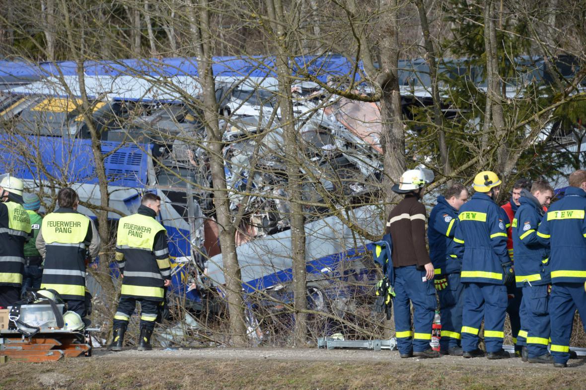 Vyšetřování nehody u bavorského Rosenheimu