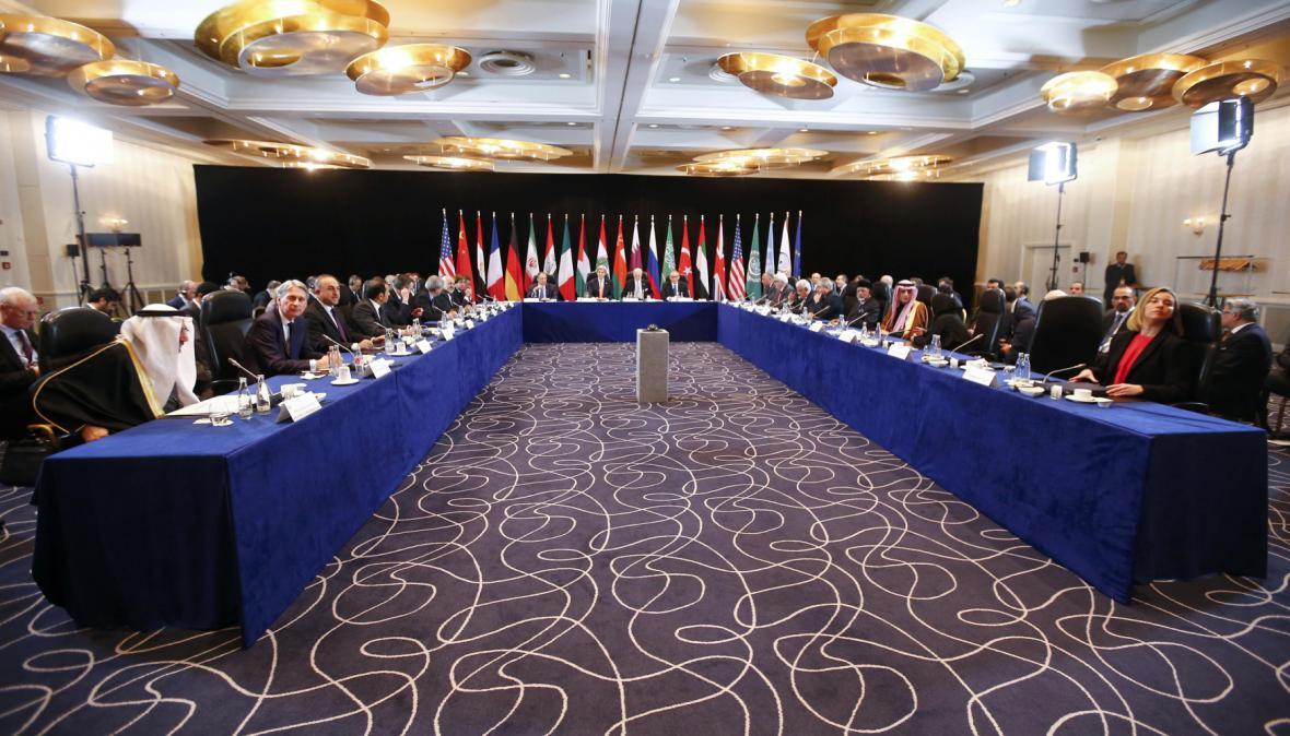 Konferenci předcházela pracovní jednání o Sýrii