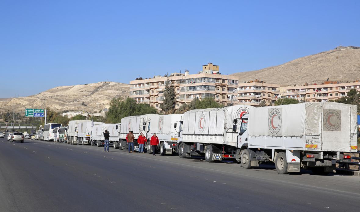 Humanitární konvoj poblíž Damašku