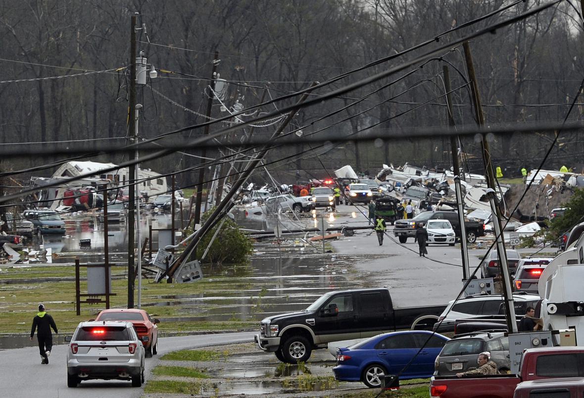 Následky ničivých tornád v Luisianě a Mississippi
